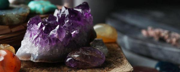 Les pierres cristaux